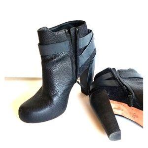 Cole Haan Black platform boot sz 7